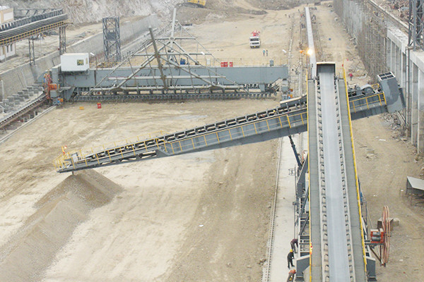 How to glue the belt of the belt conveyor?